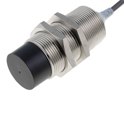 OMRON E2A-M30LN30-WP-B3 induktív érzékelő