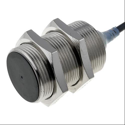 OMRON E2A-M30KS15-WP-B1-5M induktív érzékelő
