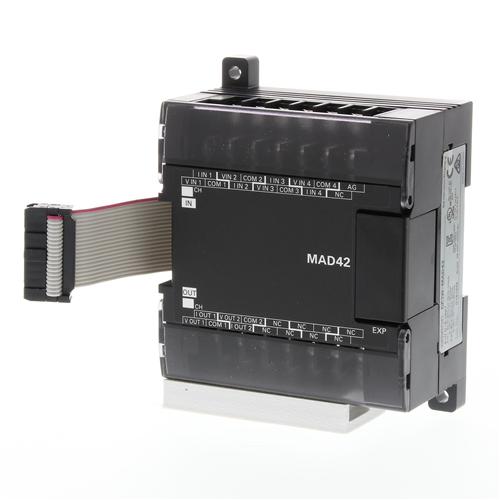 OMRON CP1W-MAD42.1 bővítő